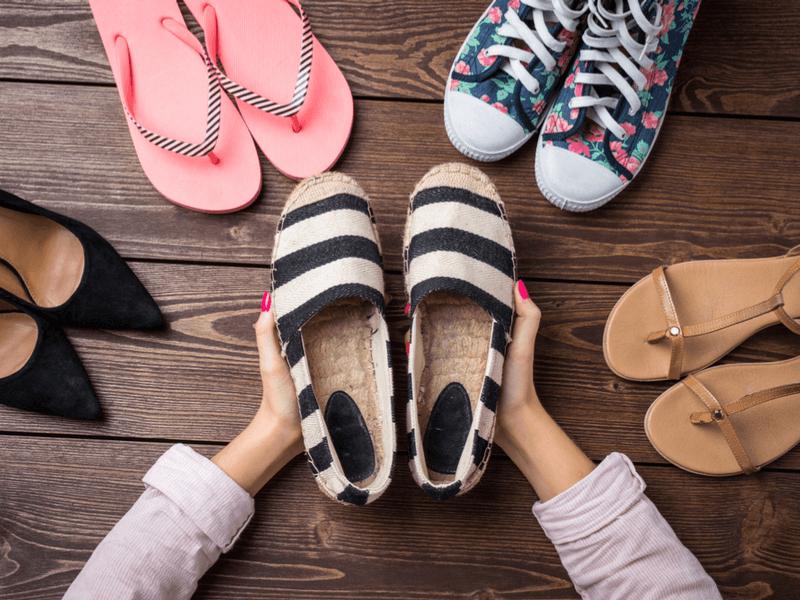 毎日履く靴のニオイをどうにかしたい…!編集部おすすめ靴の消臭スプレーBEST5