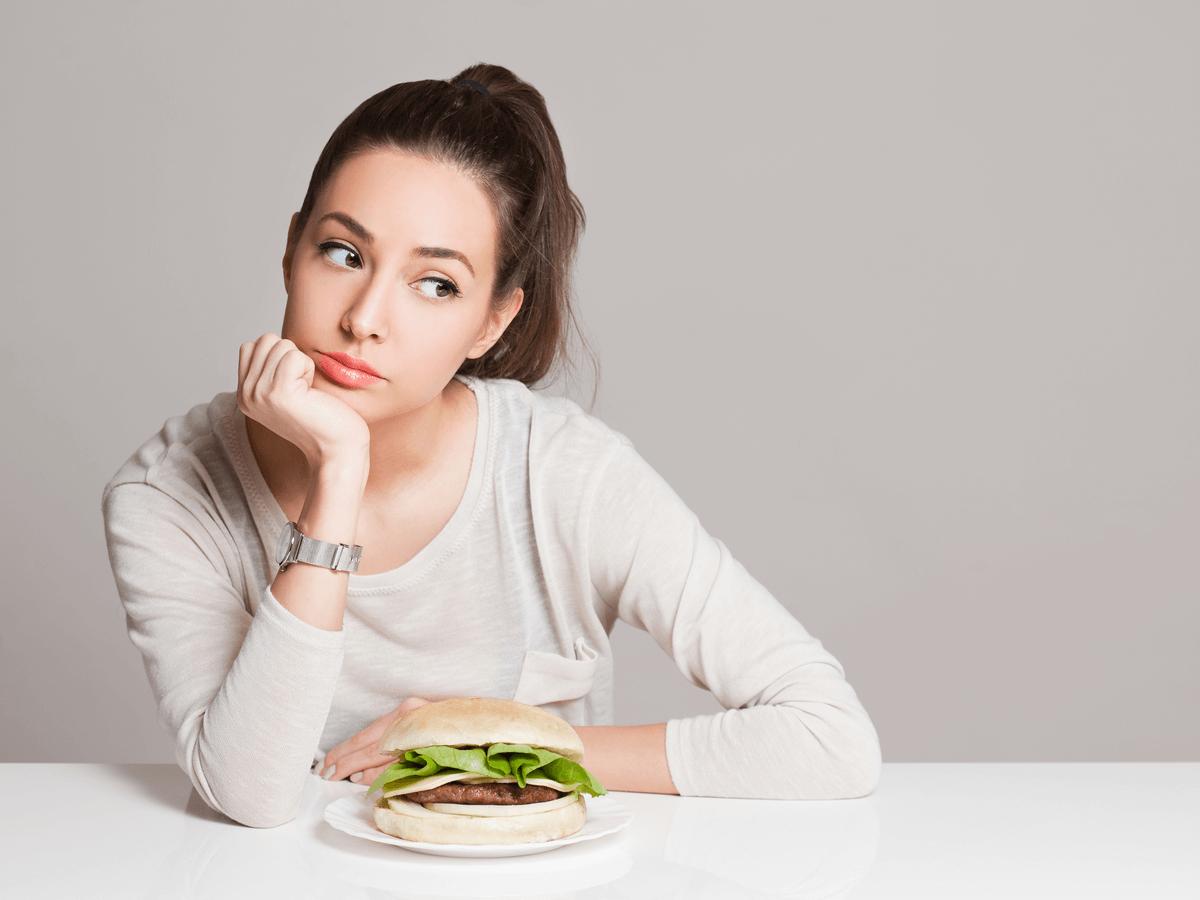 体臭がする理由は食べ物が原因!今すぐできる体臭改善方法とは?