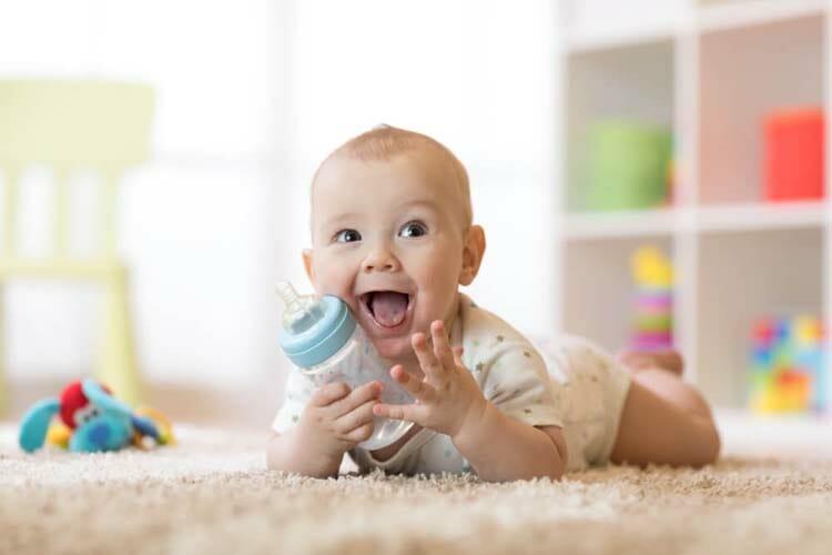 赤ちゃん 酸っぱい匂い 汗
