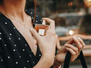 チョコレートの香水で愛され女子になろう!おすすめ9選とメンズ向け香水、作り方もあわせてご紹介
